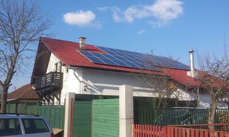 Sisteme fotovoltaice autoconsum cu regulatoare solare